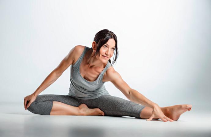 2 Übungen für funktionelles Faszienyoga