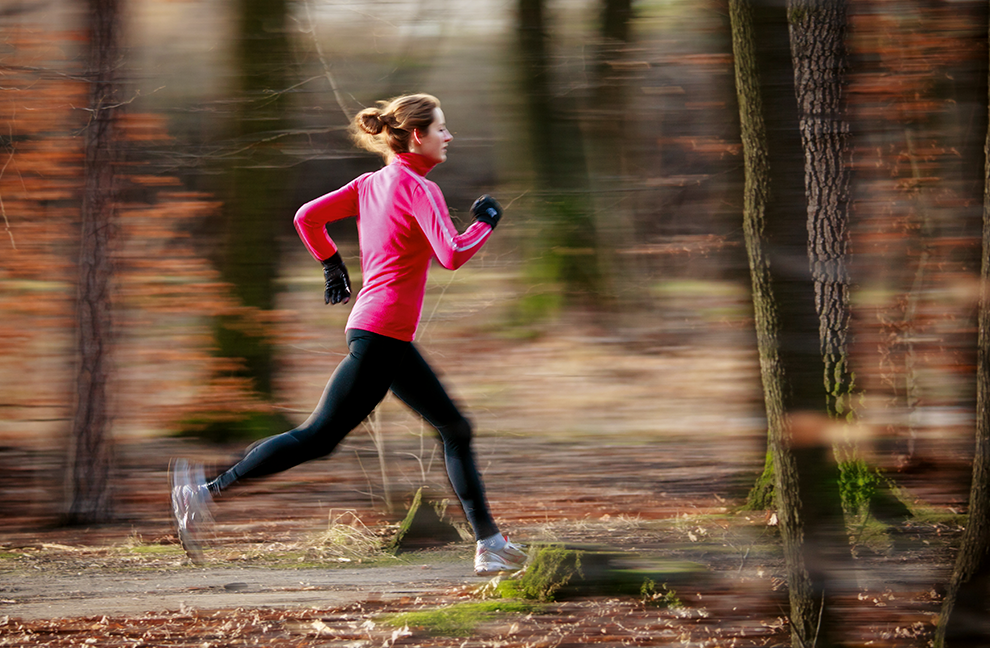Beeinträchtigung von neuromuskulären Anpassungen ist abhängig vom Trainingsvolumen