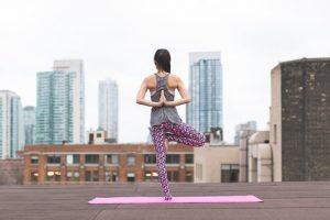 Die neuesten Yoga-Trends für Anfänger und Fortgeschrittene