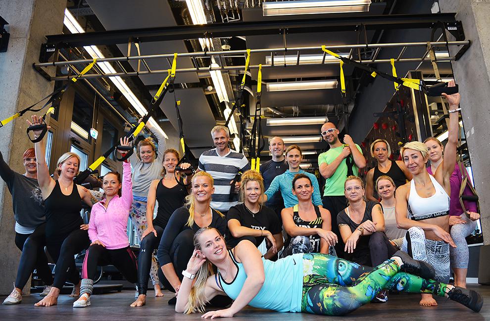 Nach acht Stunden Workshop posieren die Teilnehmer etwas erschöpft, aber sehr zufrieden für das Gruppenbild. Fotos: Jennifer Josl
