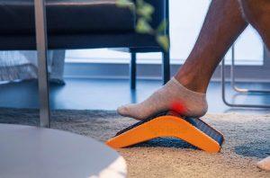 5-in-1 Fußtherapiegerät bei Plantarfasziitis